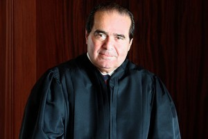La mort du juge Antonin Scalia, nouvel enjeu électoral