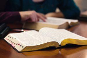 Les chercheurs préparent un toilettage du texte biblique