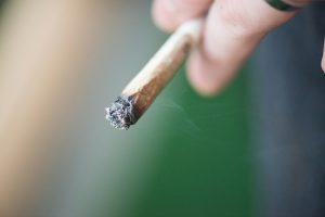 Faut-il légaliser le cannabis ?
