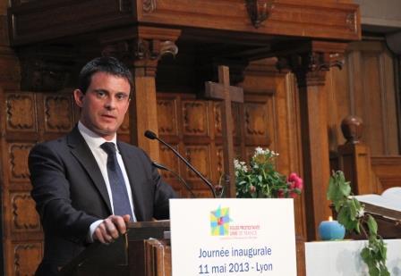 Manuel Valls au synode : «L'apport des religions peut être positif»