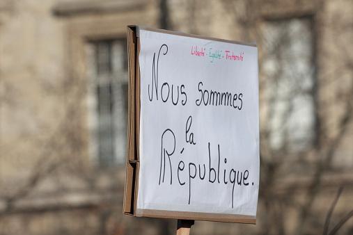 Ce que donne à penser l'événement Charlie Hebdo