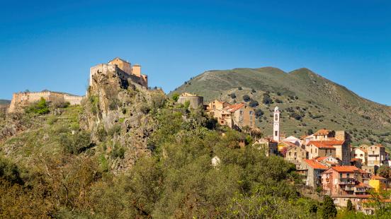 Comment promouvoir la non-violence en Corse ?