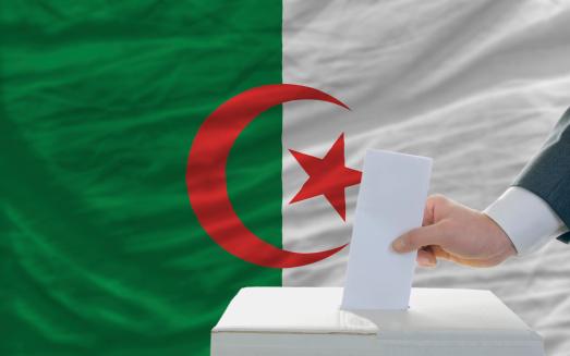 Algérie : une comédie électorale pas drôle