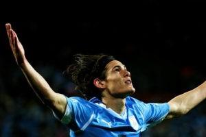 Edison Cavani, le footballeur du Seigneur