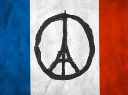 Attentats de Paris : unis dans l'émotion, pas encore par un slogan