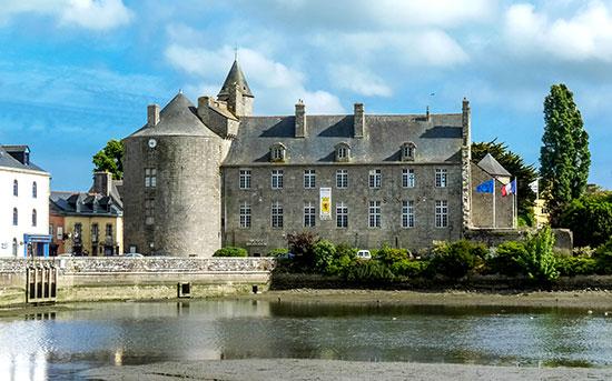 Le château de Pont-l'Abbé