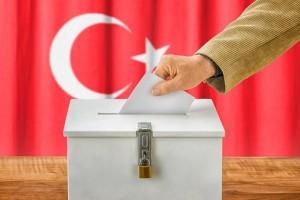 Turquie : quatre chrétiens entrent au parlement