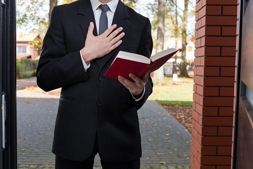La foi et la loi : les associations cultuelles