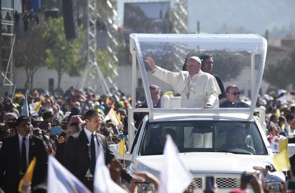 Le Mexique dans la lumière, grâce au pape