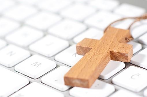 Au travail, chacun porte sa croix