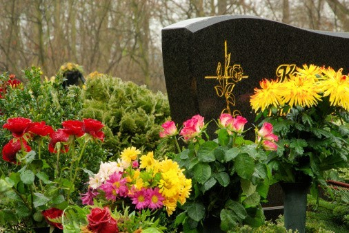 Les morts d'hier et de demain