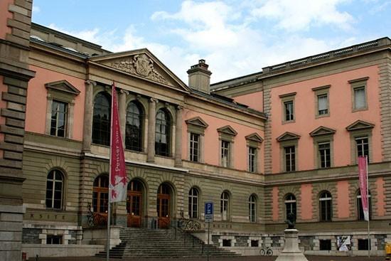 Une formation historico-critique pour les imams à l'Université de Genève