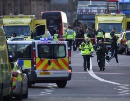 Attentat de Londres d'un côté, contrats avec les pétromonarchies wahhabites de l'autre