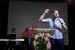 A Krasnoïarsk, l'Église de l'Alliance du Christ réunit les croyants dans la ferveur