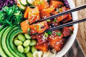Poke bowl : la salade qui vous veut du bien