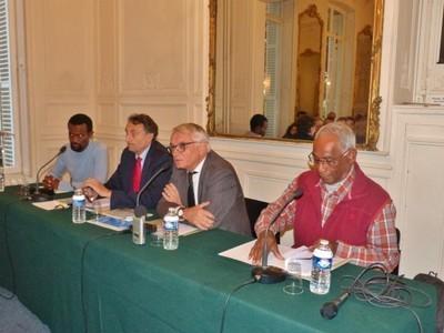 Nouvelle-Calédonie : aider au dialogue