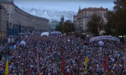 Les Ukrainiens célèbrent la Réforme avec Nick Vujicic
