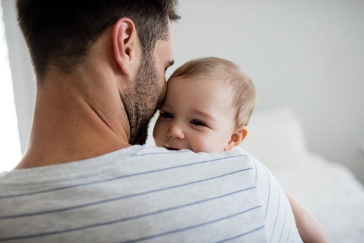 On ne nait pas père, on le devient