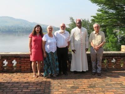 Poursuivre l'accompagnement de l'Église à Bangui