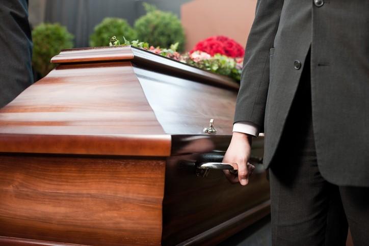 Les pompes funèbres