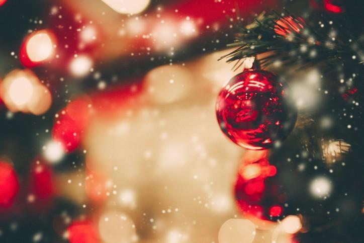 15 idées de cadeaux chrétiens pour fêter Noël en famille