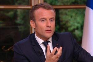"""""""La République ne demande à personne d'oublier sa foi"""""""