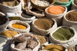 """Aider les pays émergents avec la """"microfinance"""""""