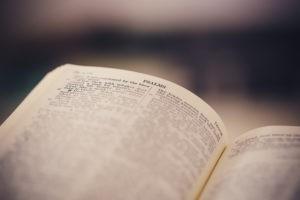 Comment bien lire la Bible en public ?