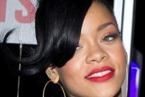 Rihanna défie les extrémistes religieux