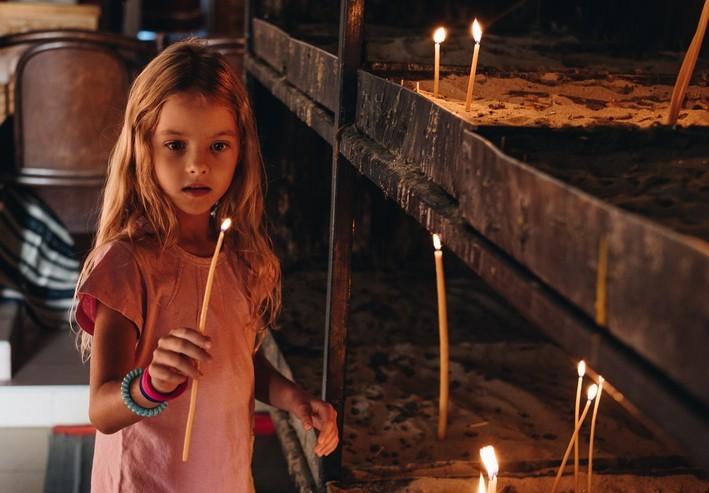 Emmener ses enfants à l'église sans qu'ils finissent par rejeter Dieu