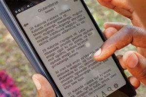 Rapport sur l'accès aux Écritures dans le monde