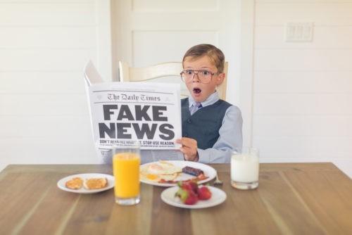 """Le christianisme lui aussi victime de """"fake news"""""""