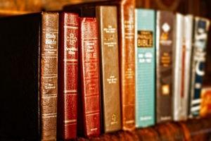 La Bible toujours plus traduite