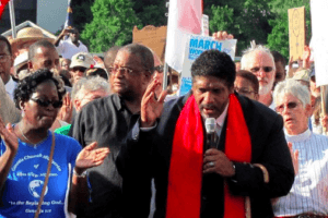 Sur les pas de Martin Luther King avec le pasteur William Barber