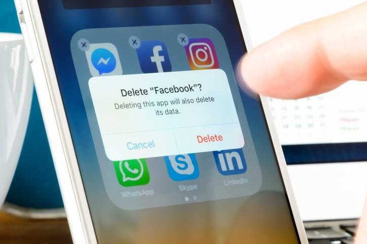 Facebook, un réseau social ouvert à tous les points de vue ?
