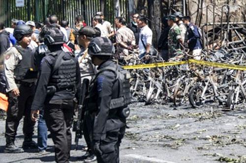 Attaques terroristes en Indonésie