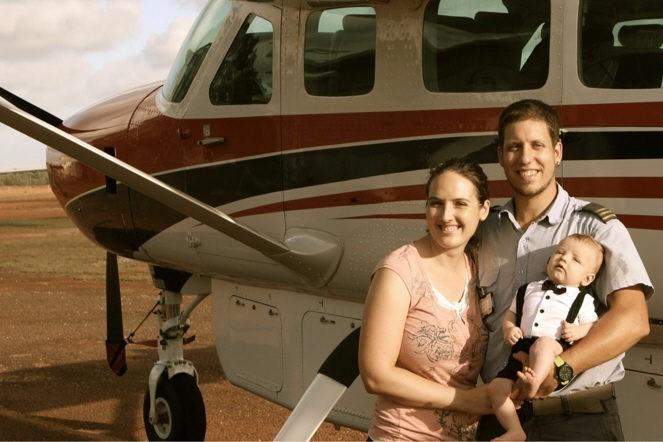 Un pilote suisse parmi les aborigènes australiens