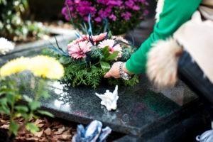 Comment les protestants d'Alsace font-ils les enterrements ?