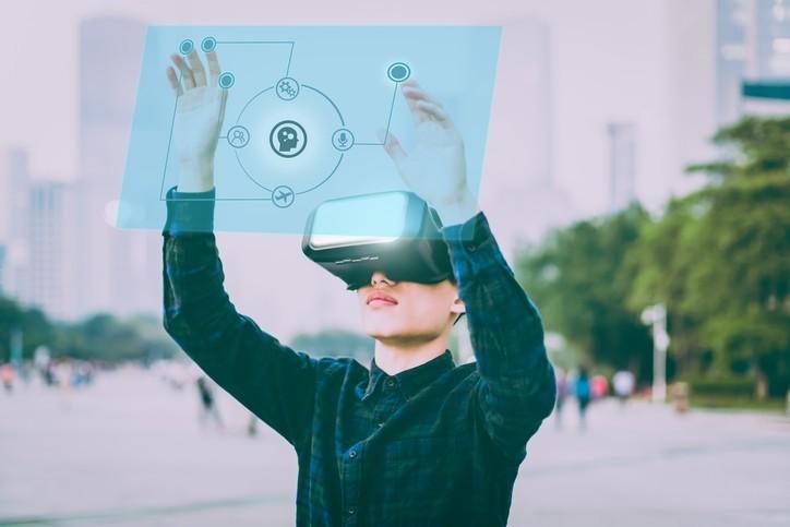 Salon Vivatech : faut-il se réjouir des innovations technologiques ?