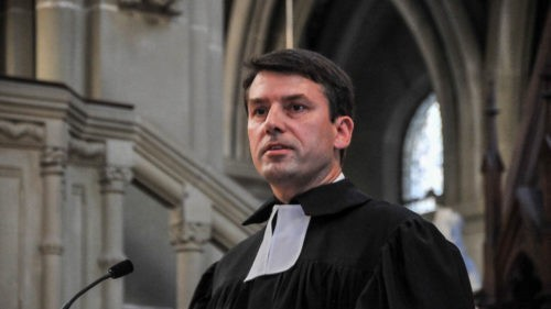 Gottfried Locher réélu à la tête des protestants suisses