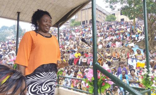 "Marie Lumière, ""Bureau"" prophétique au Cameroun"