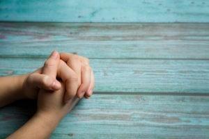 Entre contemplation et requête, vers une prière équilibrée