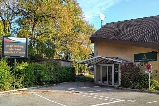 Église évangélique baptiste d'Annecy : une communauté arc-en-ciel
