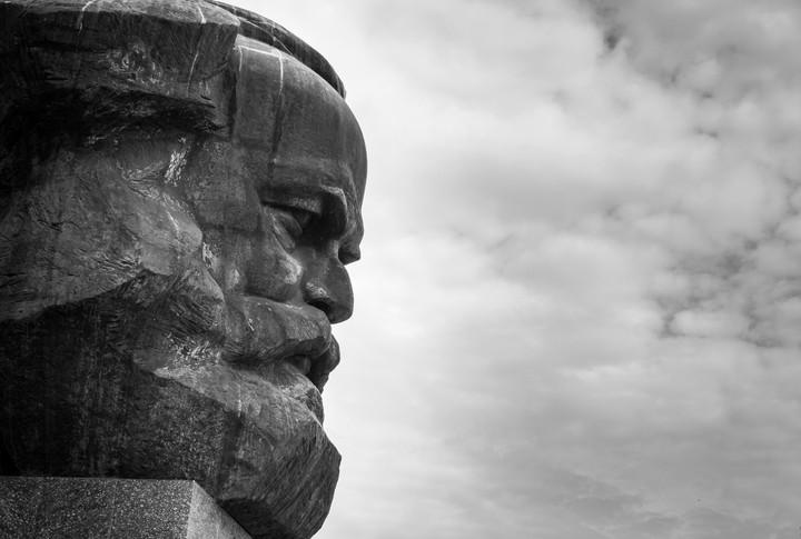 """Karl Marx : """"Le travail aliéné"""""""