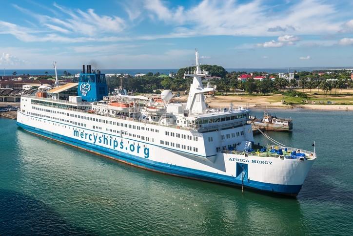 Mercy Ship Africa : un navire pas comme les autres