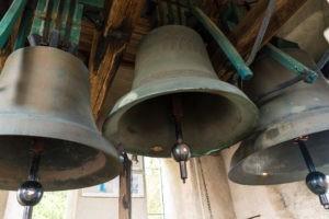 En Allemagne, une croix gammée retirée d'une cloche