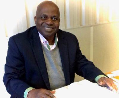 Un pasteur congolais francophone accueille des Sud-Coréens