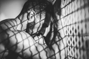 La prison se lit aussi sur les corps