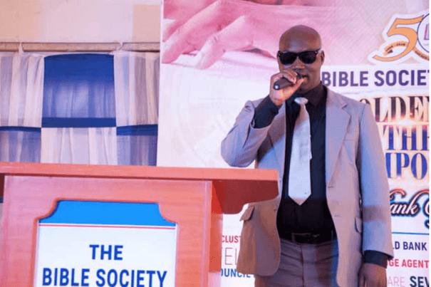 Le luganda devient la 45e langue à disposer d'une Bible en braille