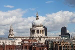 2 décembre 1697. La cathédrale anglicane Saint-Paul
